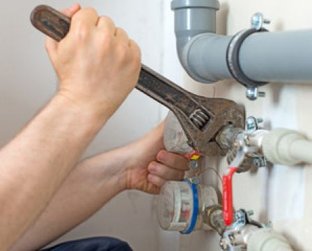 six-signs-to-call-a-professional-plumber